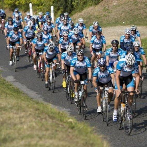 Défi sportif: Paris à Eindhoven en vélo (Atos Tour)